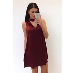 Veinipunane vabalt langev choker kleit