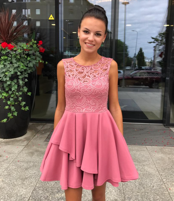 Roosteroosa pits rinnaosaga skater kleit