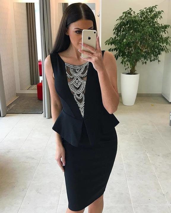 Must eest kividega peplum kleit