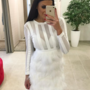Valge sulgedega bandage kleit