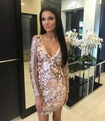 Kuldne V-lõikega litritega bodycon kleit