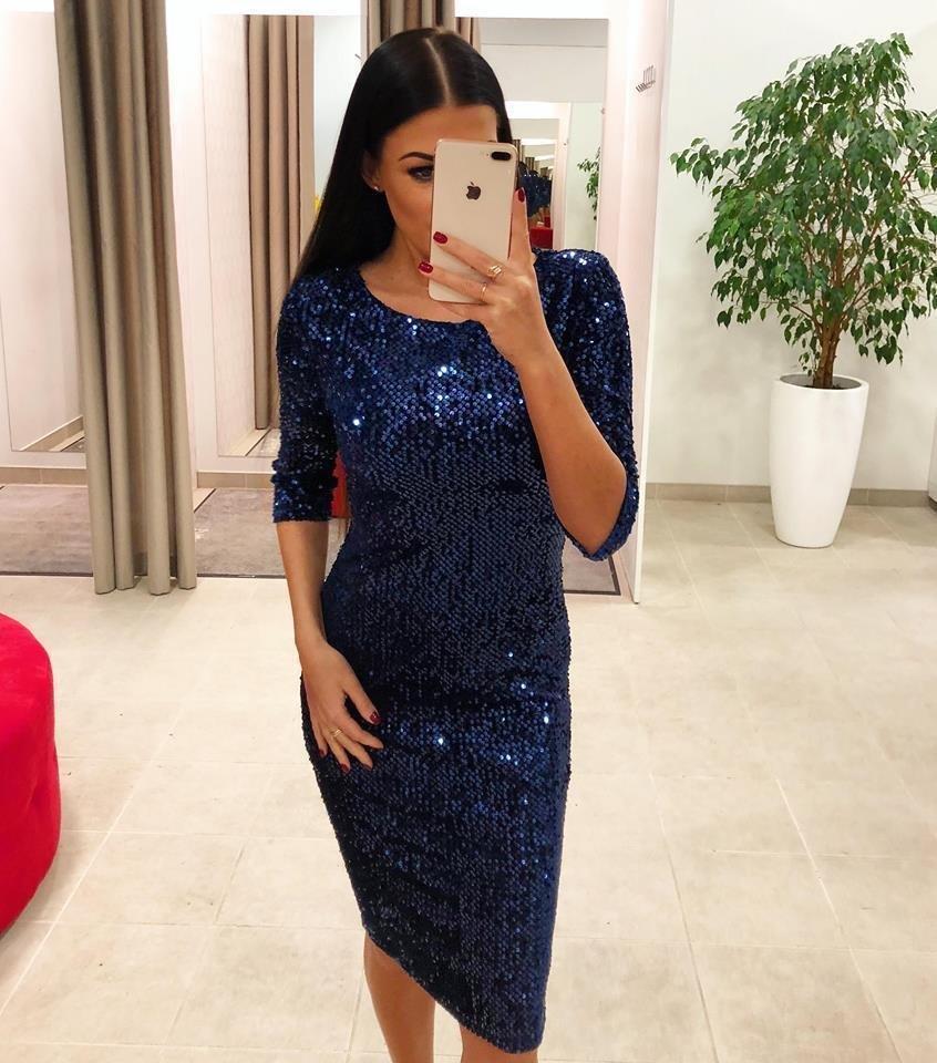 afbfaf7d1b6 Dina's Closet: Sinine pehmete litritega midi kleit