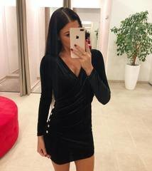 Sametine nööpidega bodycon kleit