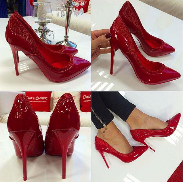 ab6f32a8123 Dina's Closet: Punased klassikalised kingad