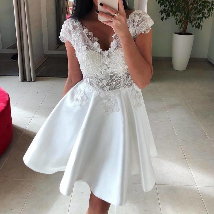Valge pidulik skater kleit