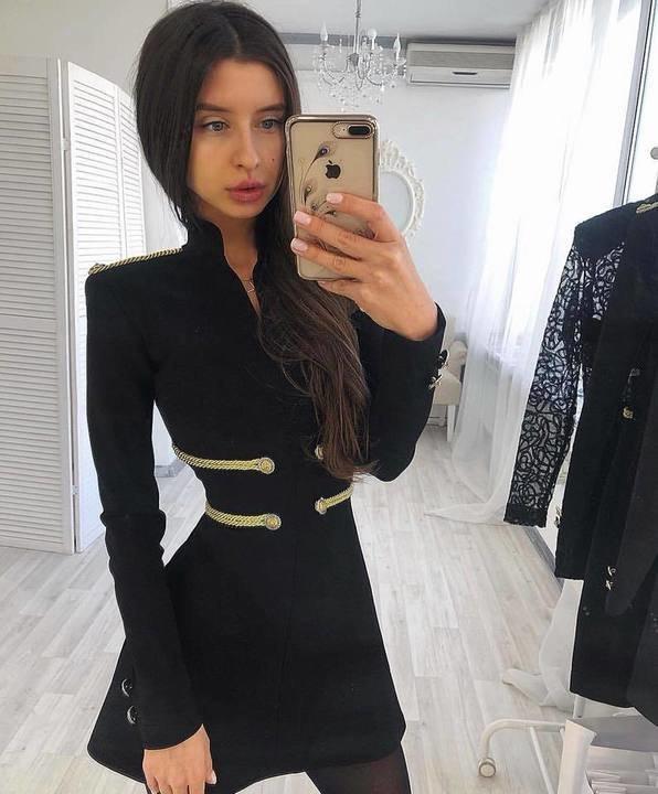 Must A lõikega bandage kleit