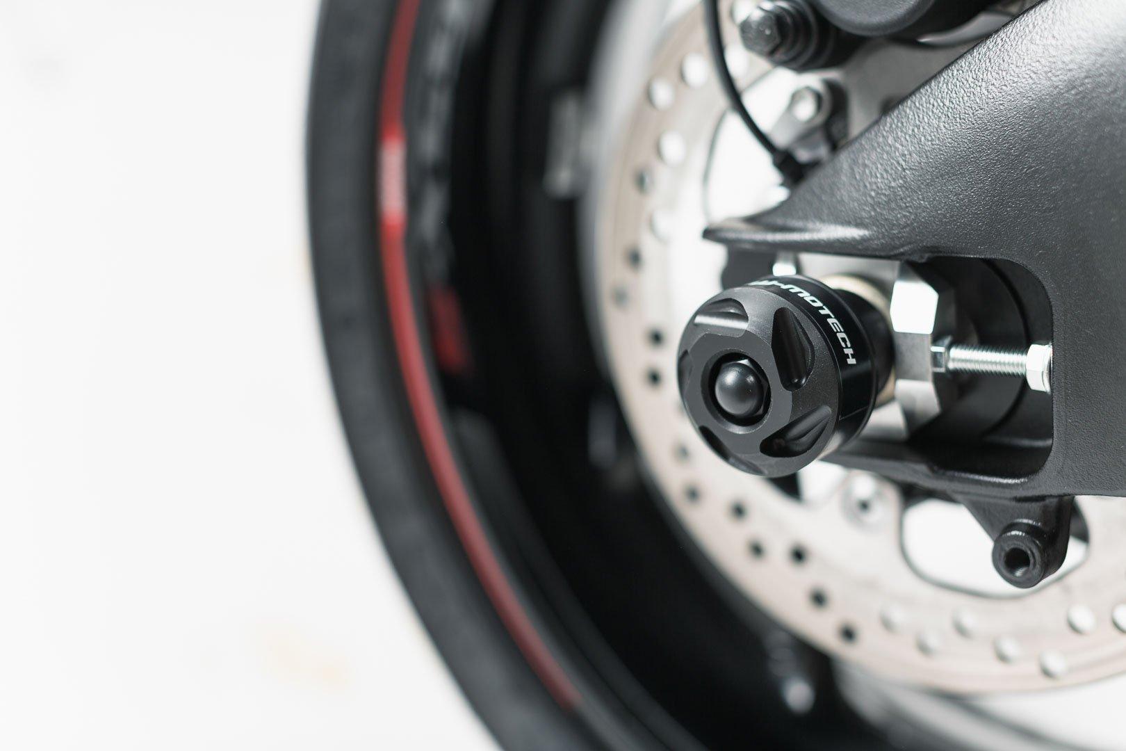 SW-Motech slider set for rear axle (black) Suzuki GSX-S1000 / F (15-)